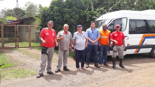 O secretário de Defesa Civil Toni Guimarães com agentes de sua pasta (Crédito: divulgação)