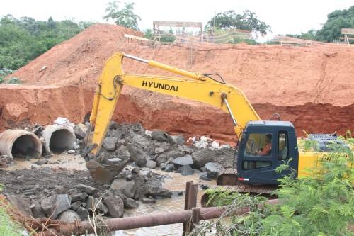 Construção da nova ponte entre Jd. São Sebastião e Jd. Interlagos (Crédito: divulgação)