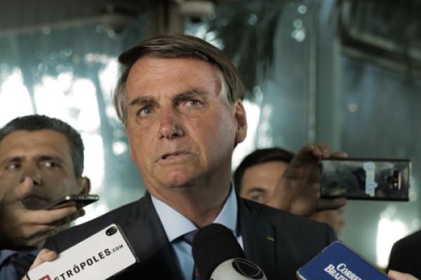 Bolsonaro durante anúncio do novo salário mínimo (Crédito: Marcelo Campanato)