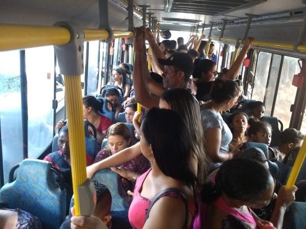 Sem controle do número de passageiros, nova empresa de ônibus começa cobrar a tarifa