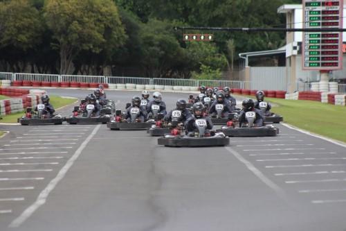 Corrida de kart no Kartódromo Internacional San Marino (Crédito: divulgação)