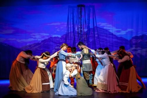 Teatro Castro Mendes recebe espetáculo baseado em Frozen no fim de semana