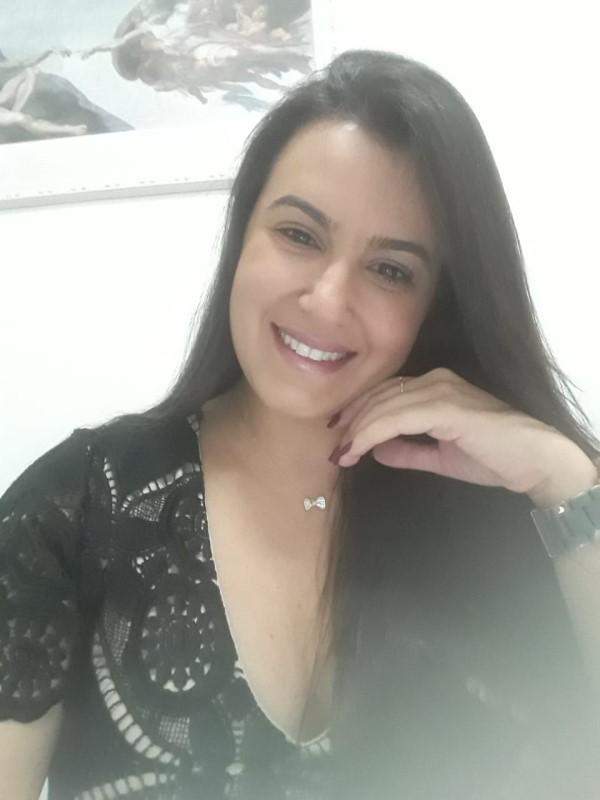 A médica Luana Queiroz (Crédito: arquivo pessoal)
