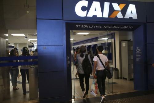 Caixa avalia que bilhões de reais vão entrar na economia brasileira (Crédito: Agência Brasil)