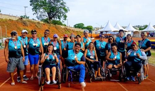 Competidores de Sumaré com as medalhas (Crédito: divulgação)
